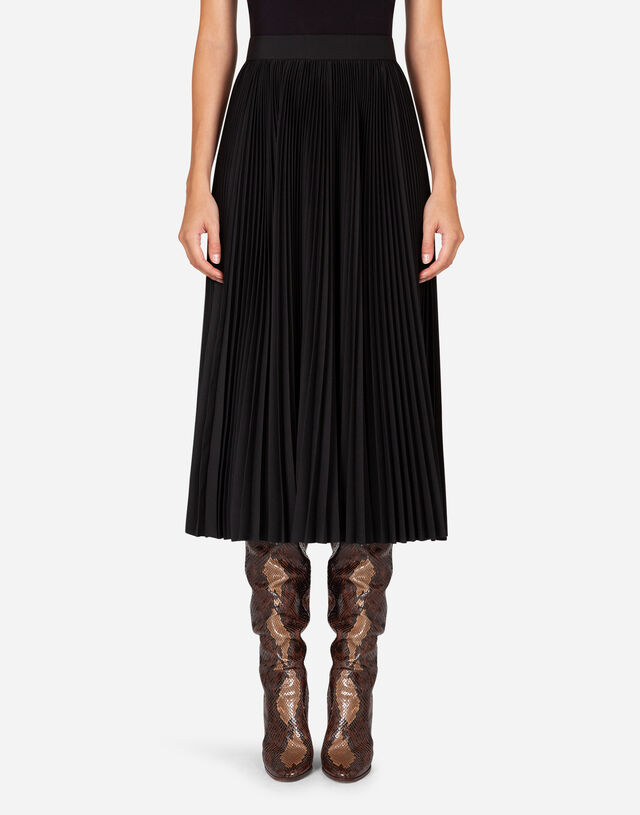 Pleated wool calf-length skirt in BLACK