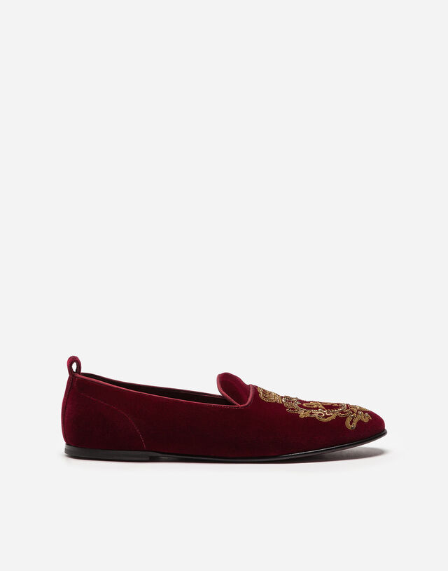 Velvet slippers with coat of arms embroidery in BURGUNDY