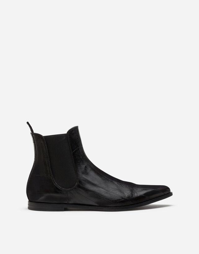Eel skin chelsea boots in BLACK