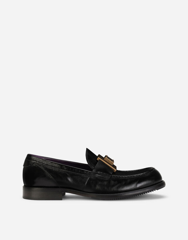 Mino calfskin loafers with branded plate in Black